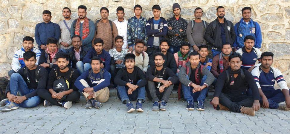 Başkale'de 30 yabancı uyruklu göçmen yakalandı