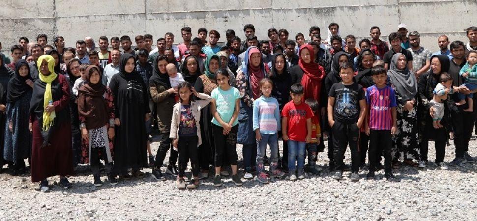 Başkale 'de 94 Kaçak göçmen yakalandı.