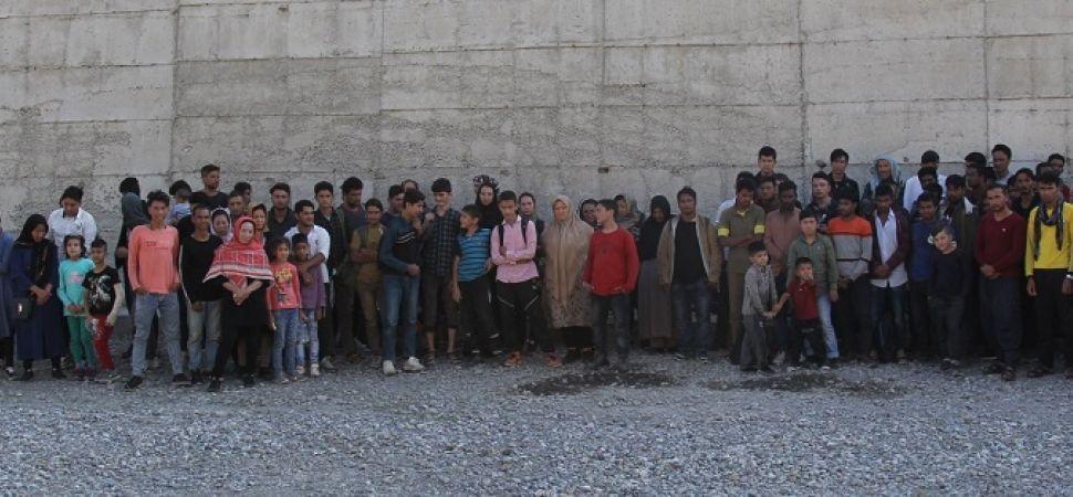Başkale \'de 108 Kaçak göçmen yakalandı.