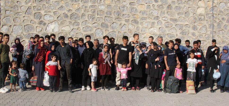 Başkale 'de 70 Kaçak göçmen yakalandı.