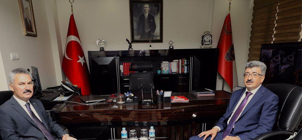 Vali Bilmez'den Emniyet Müdürü Karabağ'a ziyaret
