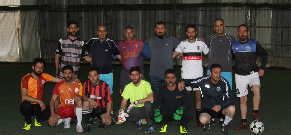 Başkale Belediyesi Halı Saha Futbol Turnuvası Başladı