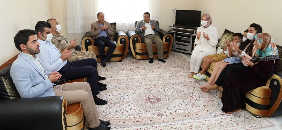 Kaymakam Asım SOLAK şehit ailesine bayram ziyaretinde bulundu