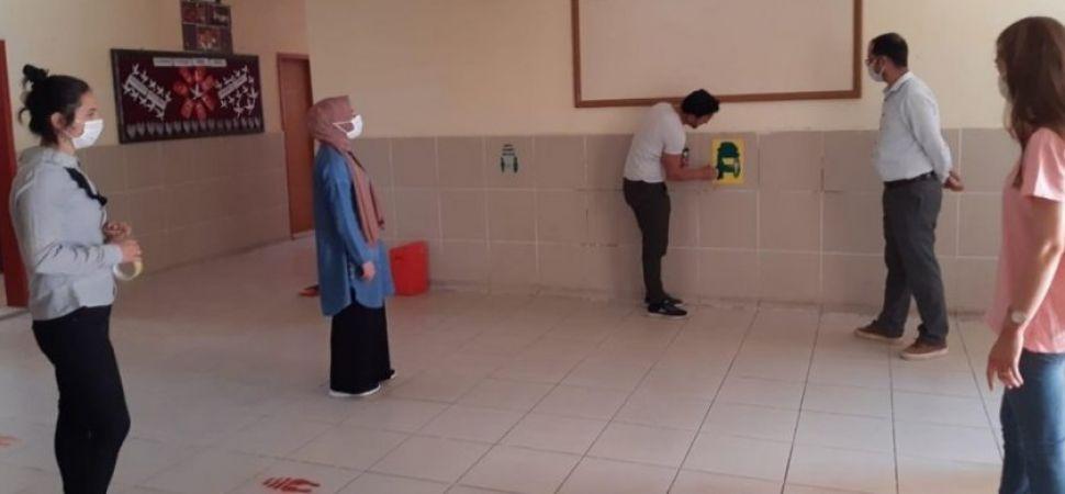 Başkale'deki okullarda hazırlıklar tamamlandı