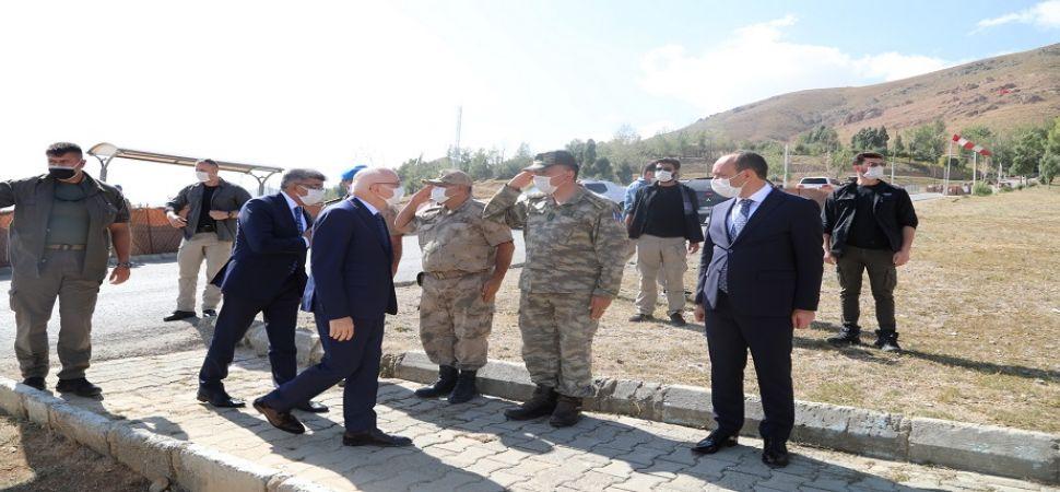 İçişleri Bakan Yardımcısı Tayyip Sabri Erdil\'in Başkale ziyareti