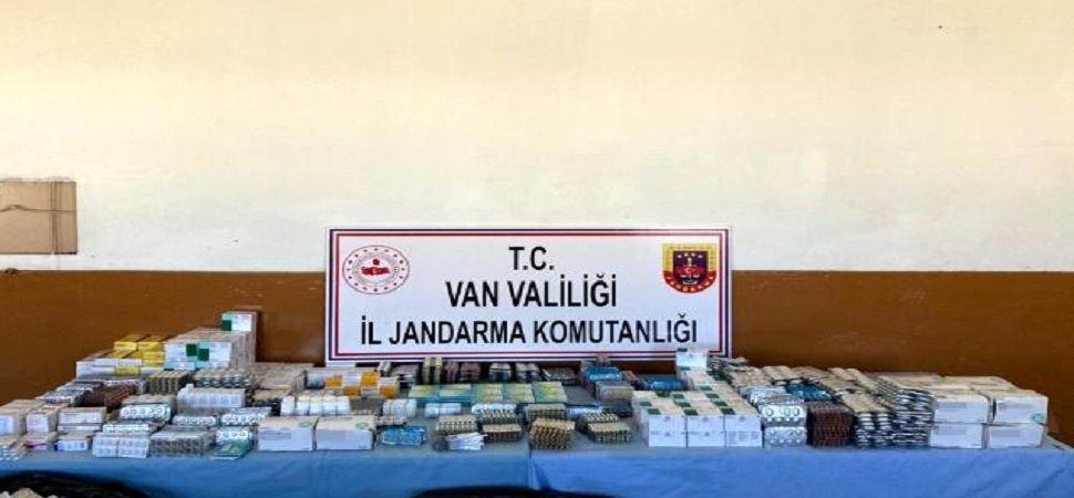 Başkale\'de araziye terk edilmiş ilaçlar bulundu