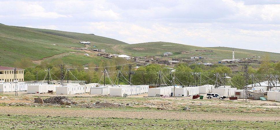 Başkale ve Saray\'daki depremzedeler sonbaharda kalıcı konutlarına kavuşacak