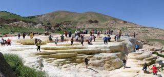 Pamukkale değil Başkale travertenleri foto