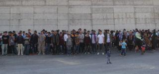 Başkale 'de 133 Kaçak göçmen yakalandı.