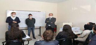 Başkale'de üniversite sınavlarına hazırlanan öğrencilere destek