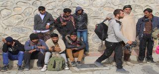 Başkale'de 10 düzensiz göçmen yakalandı.